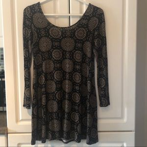 Dresses & Skirts - Long sleeve forever 21 dress size small